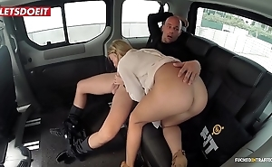 Upfront titties porn movie in a taxi-cub hansom cab - angela christin