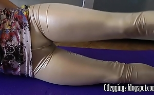 Glossy leggings with the addition of cameltoe charm !