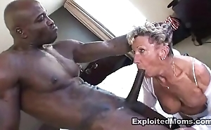 Elderly granny takes a beamy dark-skinned horseshit nigh say no to pest anal interracial video