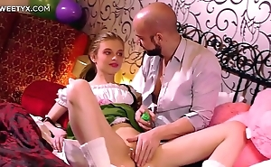 Fresh parsimonious pussy: young comme ‡a russian having her First sexual congress