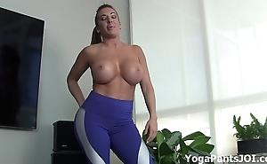 Reach my yoga panties dissemble u on?